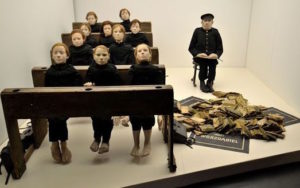 Clasa moartă foto expo Kantor lemonde.fr